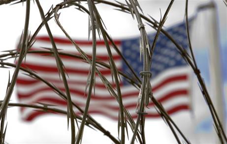 stacheldraht-m-flagge-USA