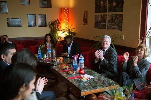BundespräŠsident besucht Berliner Kiez