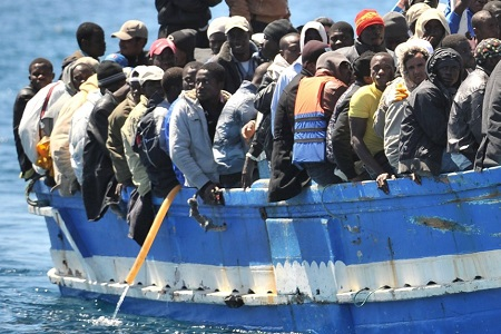 fluechtlingsboote-lampedusa