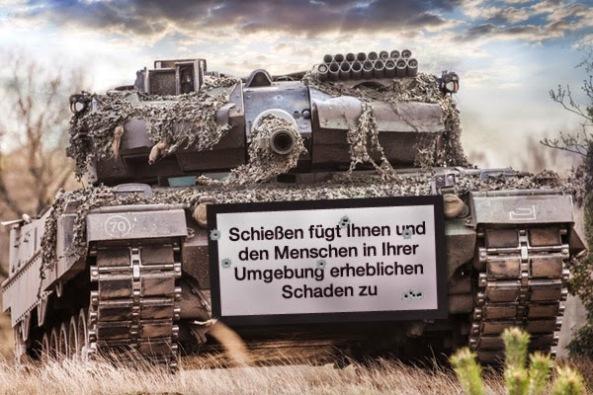 Panzer Warnhinweis 2