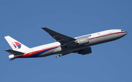 9M-MRO-Malaysia-Airlines-Boeing-777-200-PlanespottersNet-250536