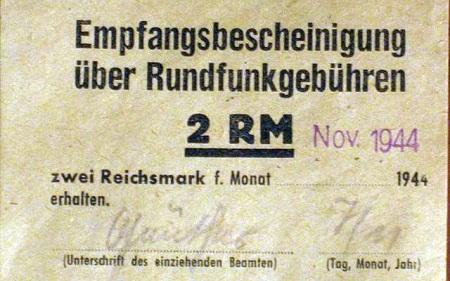 640px-Rundfunkgebührenquittung_1944_S.1
