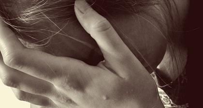 Gewalt-Angst-Frau-620x330